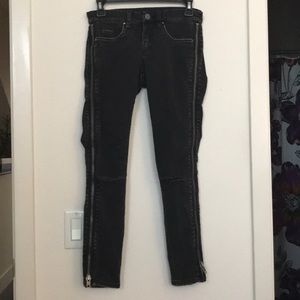 Blank NYC zipper jean